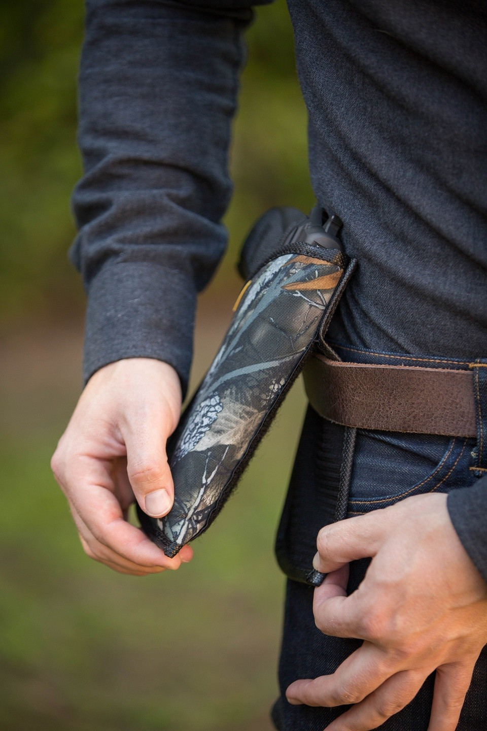 OUTSIDE THE WAISTBAND HOLSTERS